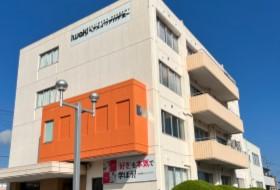 iwakiヘアメイクアカデミー